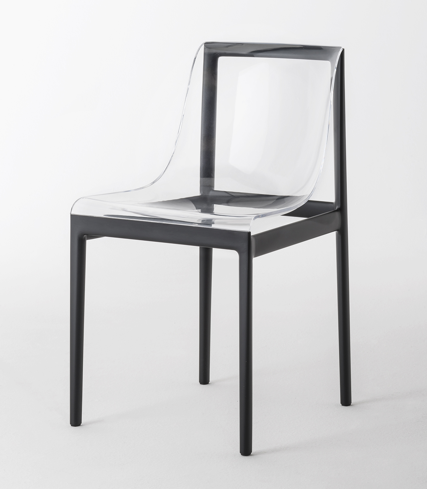 04_DREAM'AIR_chair_black side