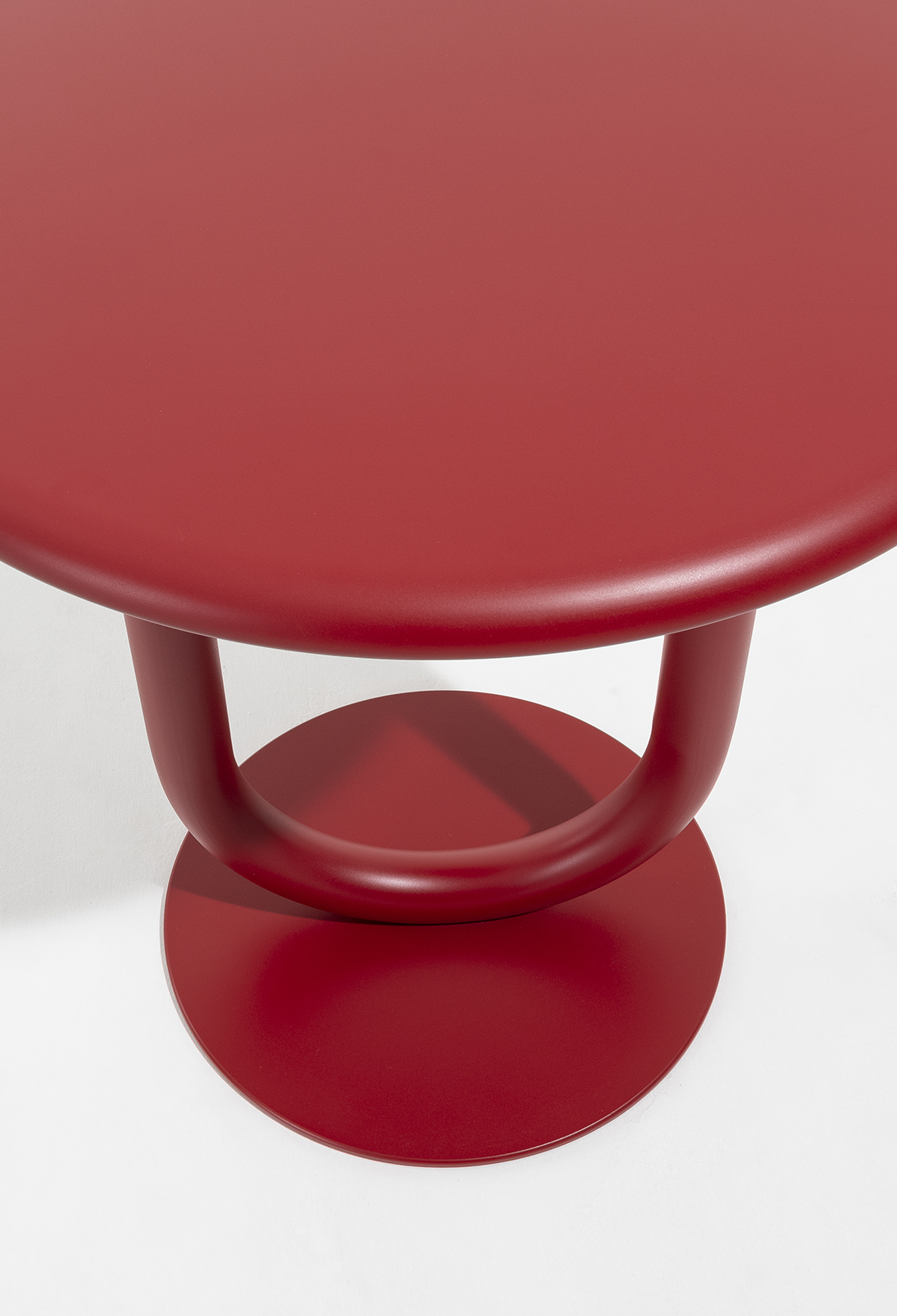 STRONG BISTRO TABLE